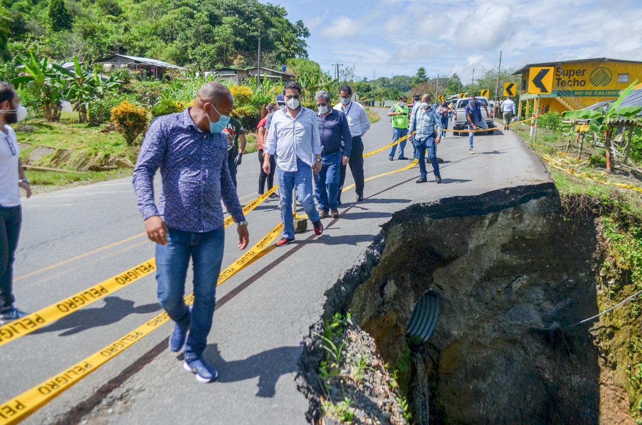 Cinco actividades ejecutó Ministro de Obras Públicas en Esmeraldas